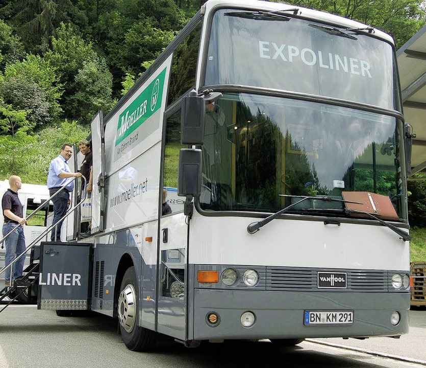 Rollende Messehallen in Rohmatt:  Expo... der offenen Tür bei Elektro-Rümmele.   | Foto: Berger