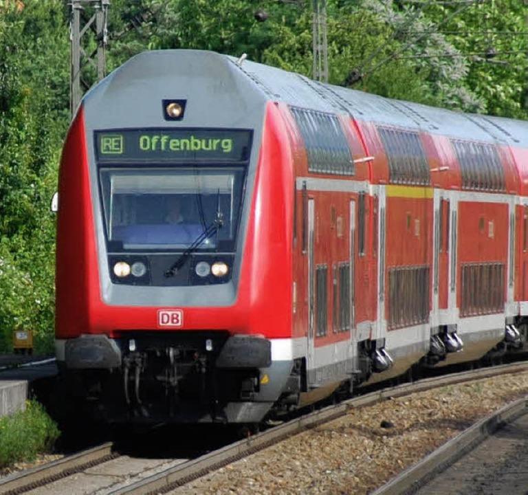 Bahn nimmt Fahrt auf   | Foto: LAUBER