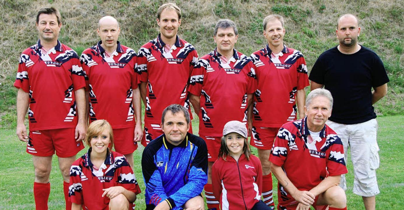 Den Vereinswanderpokal gewann der MGV Kiechlinsbergen.  | Foto: Vitt