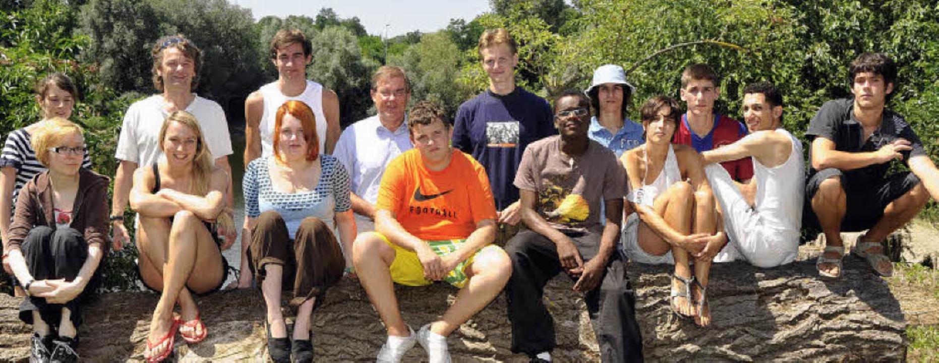 Die Teilnehmer des internationalen Wor...nburgs Bürgermeister Joachim Schuster.    Foto: Alexander Anlicker