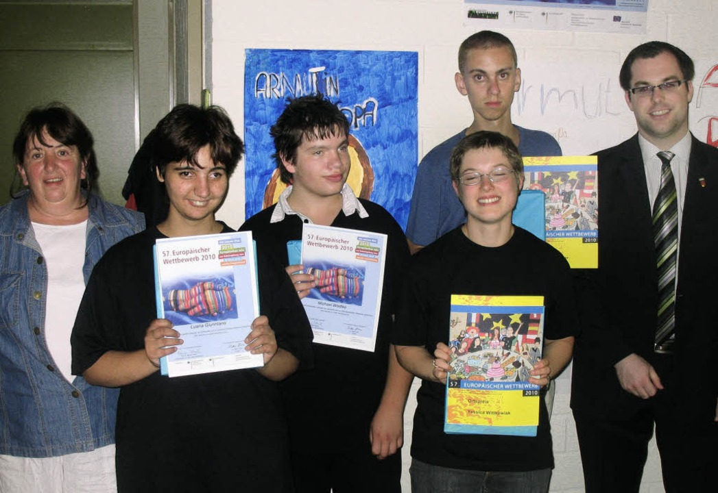 Stolzer Erfolg für Laufenburger  Laufe...germeister Ulrich Krieger (von links)     Foto: Simon Müller