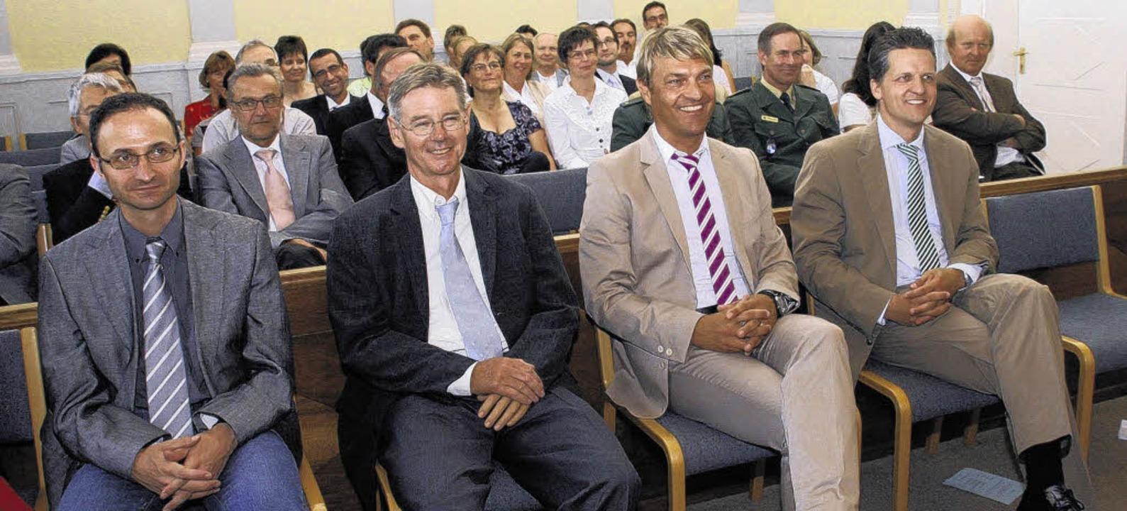 Heitere Gesichter, wo sonst eher mit e... den Gästen der Amtseinführungsfeier    | Foto: BZ