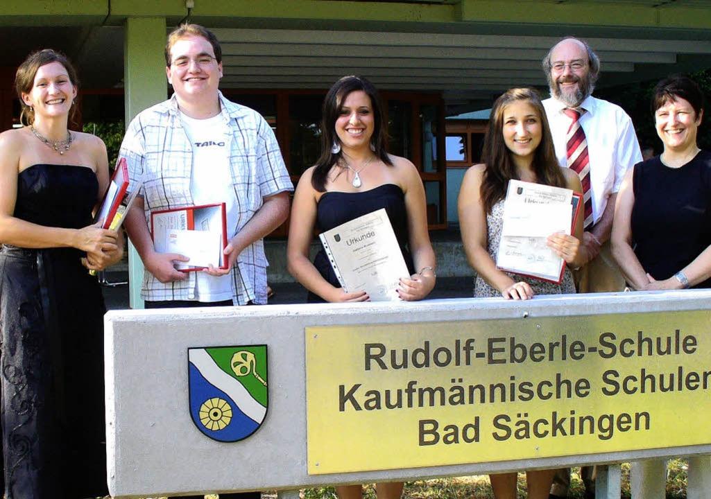 Lob und Preis in den Berufskollegs: Ka...to, Lukas Breuer und Benjamin Siegel.     Foto: BZ