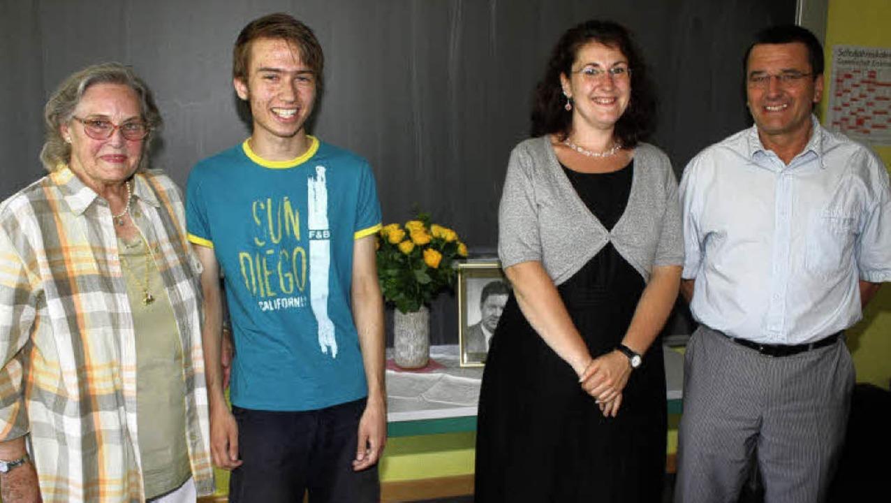 Grund zur Freude: Erstmals erhielten S..., Sarah Hoerth und Bernhard Stockmar.   | Foto: heiner Fabry