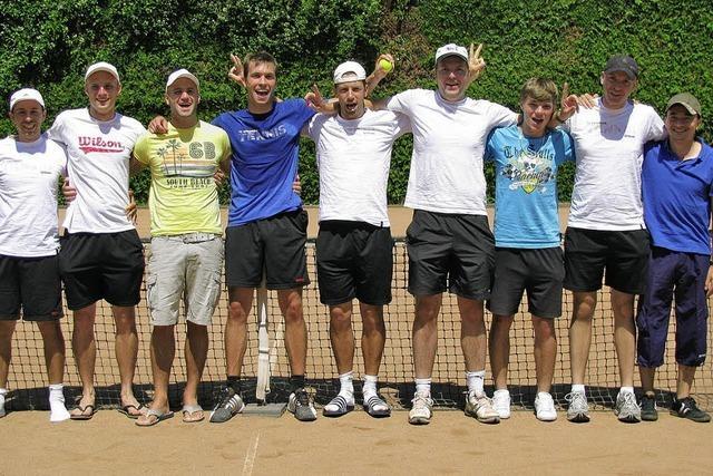 Meisterschaft und Aufstieg für Tennisteam