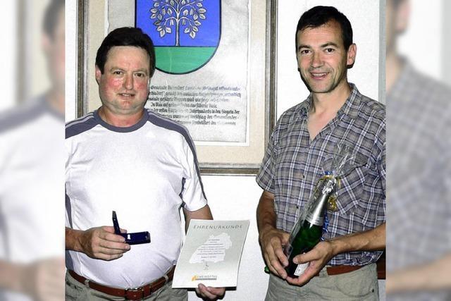 Heinz Meier mit Ehrennadel in Silber geehrt