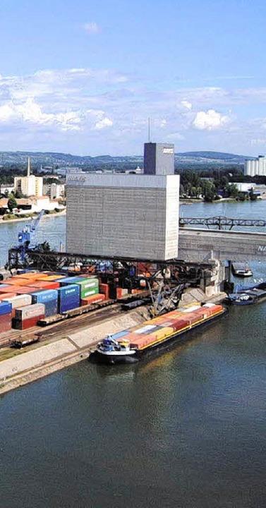 Die Umgestaltung des Basler Rheinhafen...h auf Weiler Seite neue Perspektiven.     Foto: Net