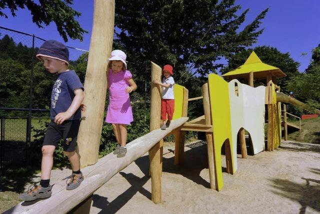 Wiesenweg-Spielplatz Günterstal: Buddeln und Balancieren