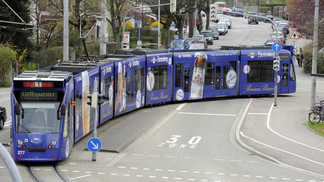 Combino in Freiburg: Anders als in Bas...me mit den Klimaanlagen, sagt die VAG.  | Foto: Ingo Schneider
