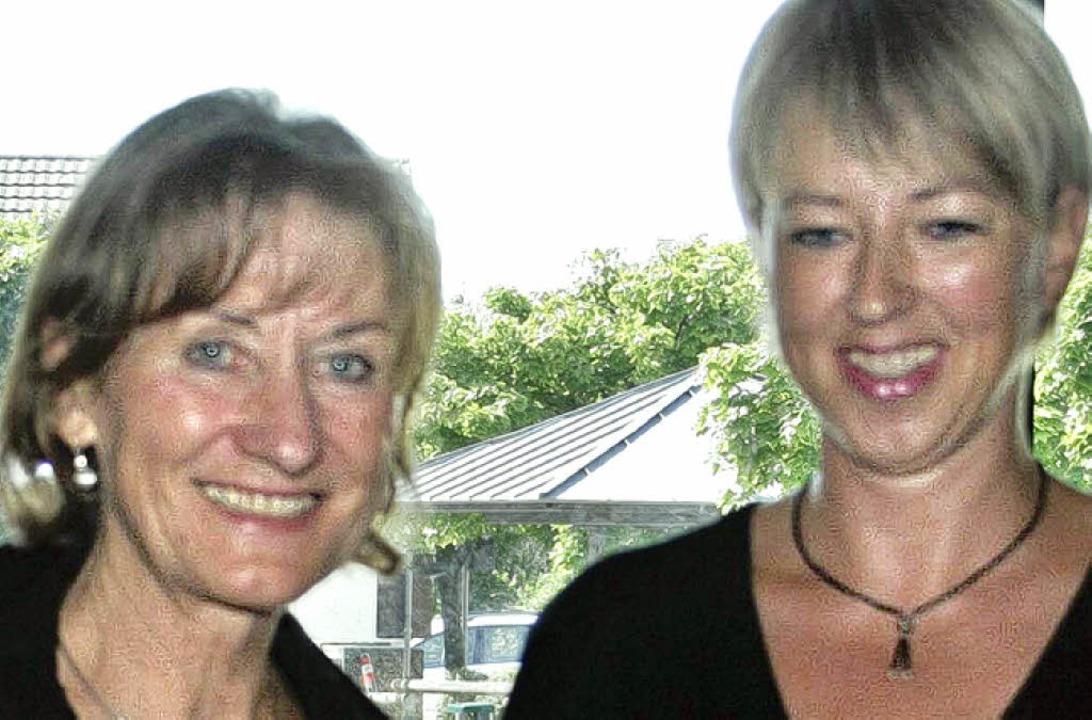 Schulleiterin Inga Bloss (links) wurde... Haag in den Ruhestand verabschiedet.     Foto: Susanne Kanele