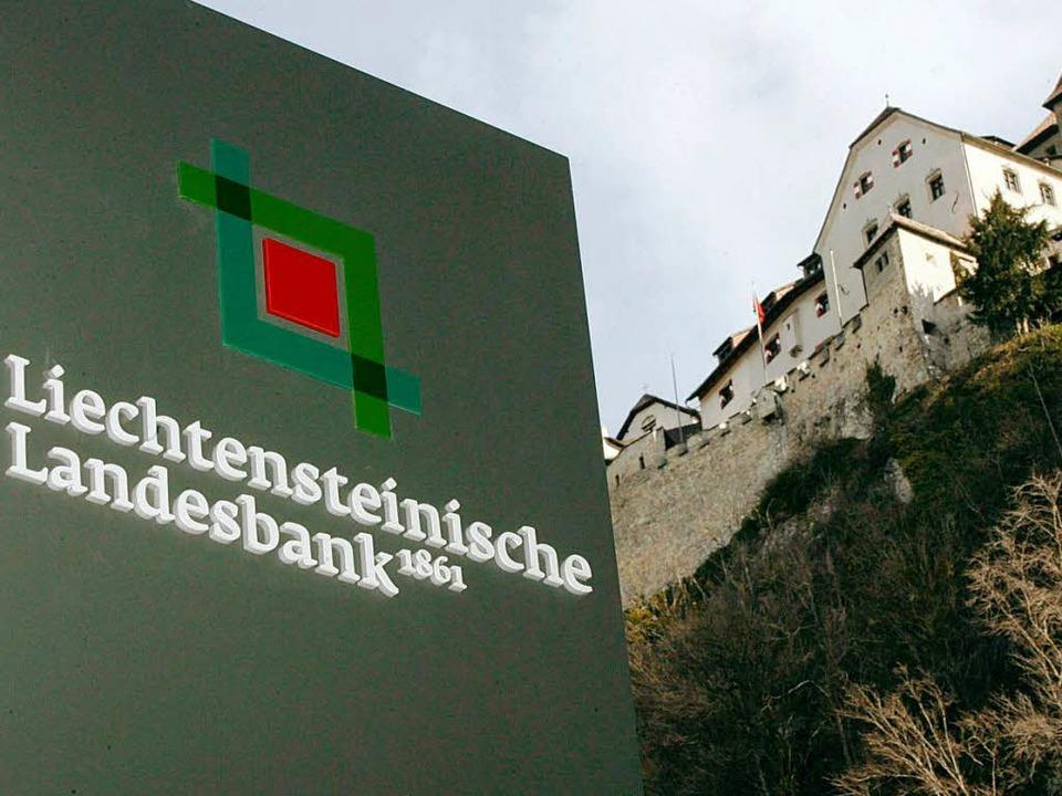 Von hier sollen die neuen Daten stammen: die LLB in Vaduz     Foto: dpa