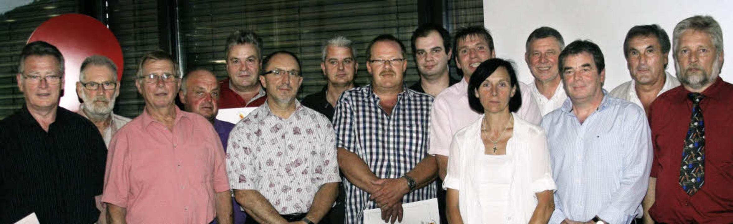 Beim Ehrenamtstag wurden Heinz Intveen...bereis, Bruno Müller und Werner Bolte.  | Foto: matthias scheibengruber