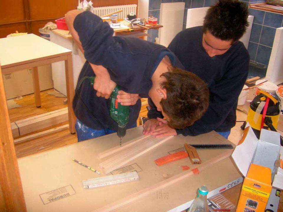 Schülerfirmen – wie hier in Tüll...instieg ins Berufsleben vorzubereiten.  | Foto: bz