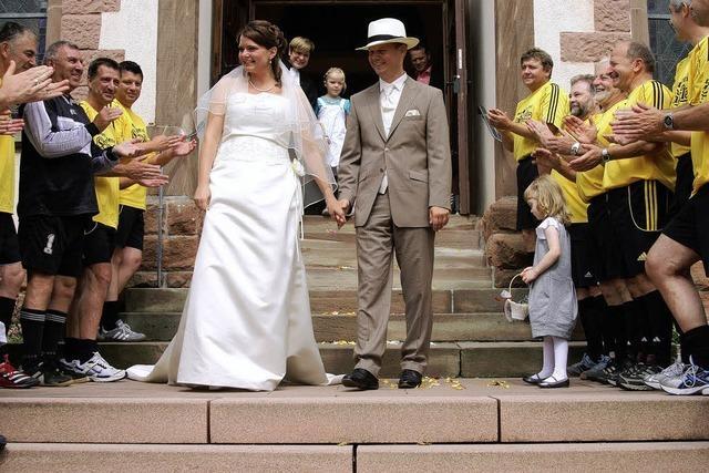 Spalier fürs junge Paar