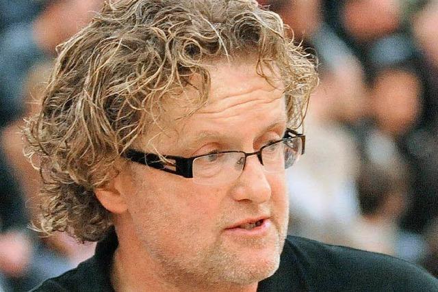 Günther Sinz legt Traineramt nieder