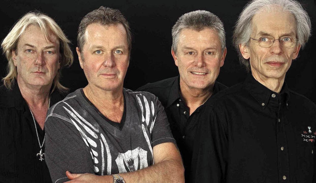 Musiker  mit Geschichte: Asia sind (v....ke and Palmer)  und Steve Howe (Yes).   | Foto: pro