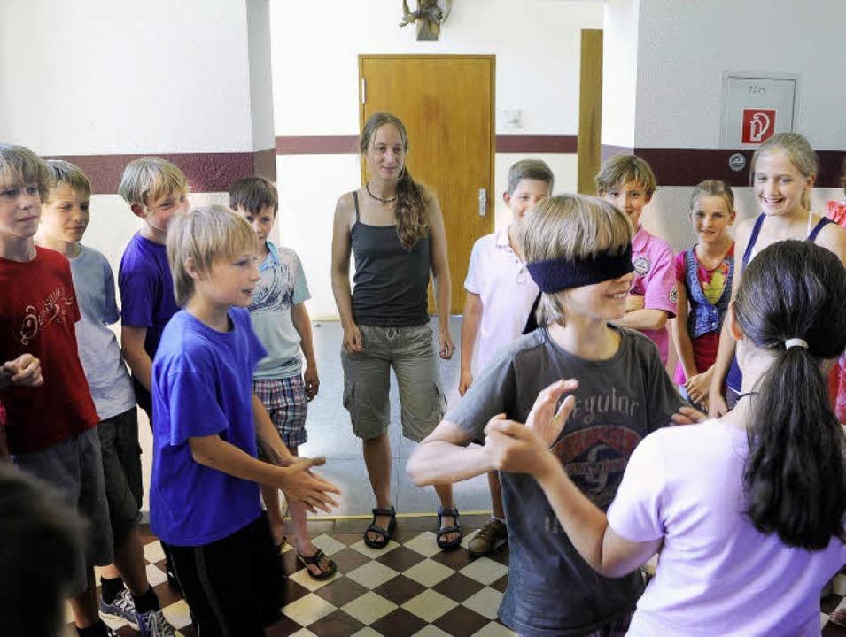Das Fledermausdasein als Rollenspiel: ...des Friedrichgymnasiums immer gut an.     Foto: Thomas Kunz