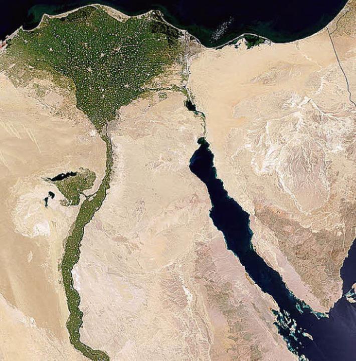 Ein grünes Band mit Dreieck – der Rest ist Wüste    Foto: afp