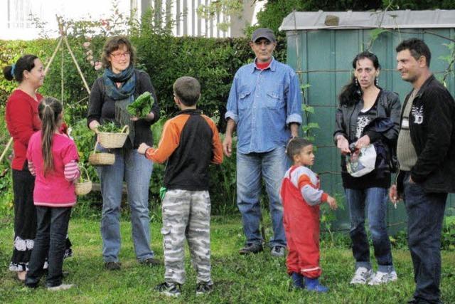Bei Gartenarbeit ins Gespräch kommen