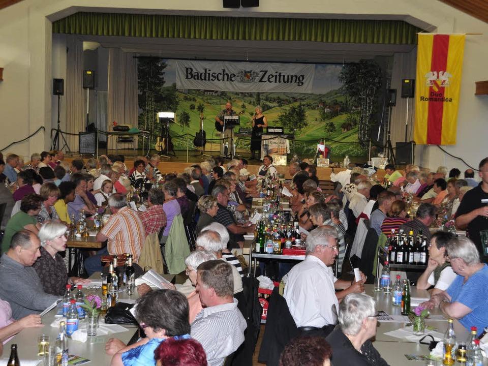 Mehr als 500 Gäste gaben eine prächtig...r Ferienaktion im Kurhaus von Freiamt.  | Foto: Dieter Erggelet