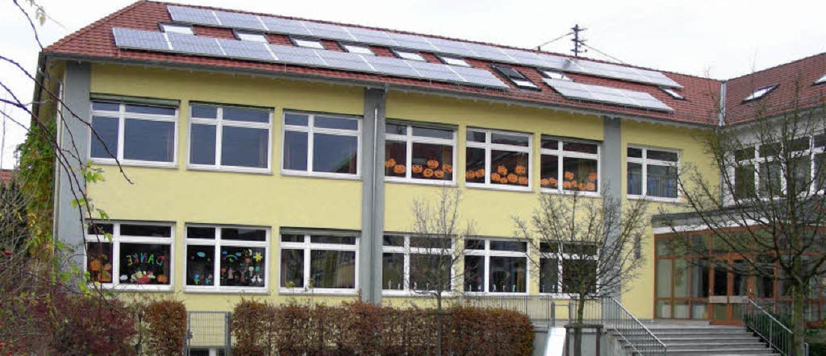 Die Gottenheimer Schule könnte bald au...ür ein  Bildungshaus erhalten sollte.   | Foto: mario schöneberg