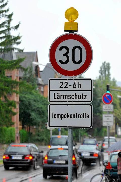 Der Stadt ist ein Licht aufgegangen: D...e an der Kronenstraße haben ein Blinkl  | Foto: Michael Bamberger