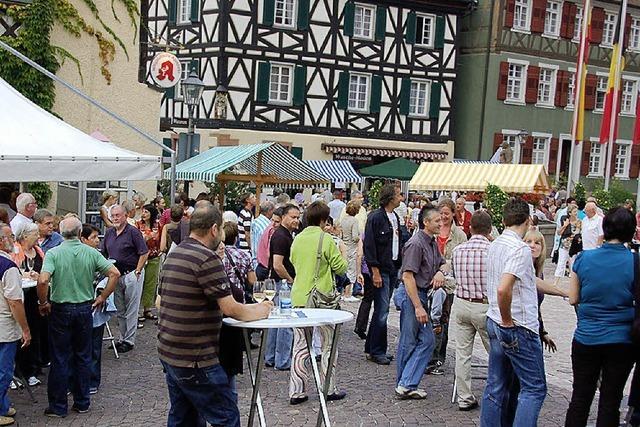 Die Stadt gerät in Weinparty-Laune