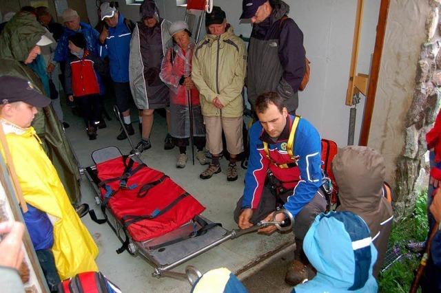 Bergwacht: Rettung über Stock und Stein
