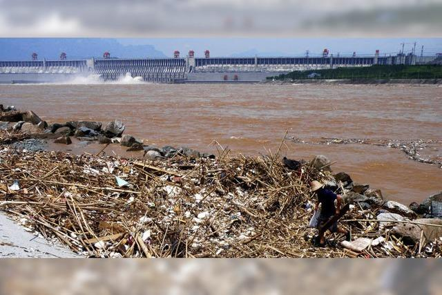 Müll gefährdet Staudamm