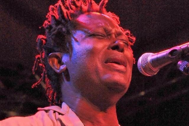 Wie war's bei …. Lokua Kanza beim African-Music-Festival?