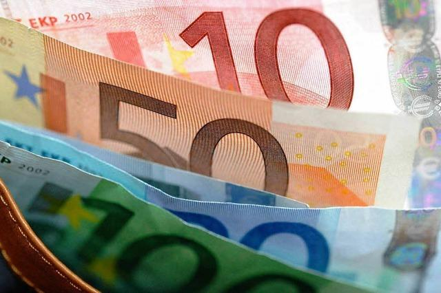 Politiker fordern deutsche Reiche auf, zu spenden