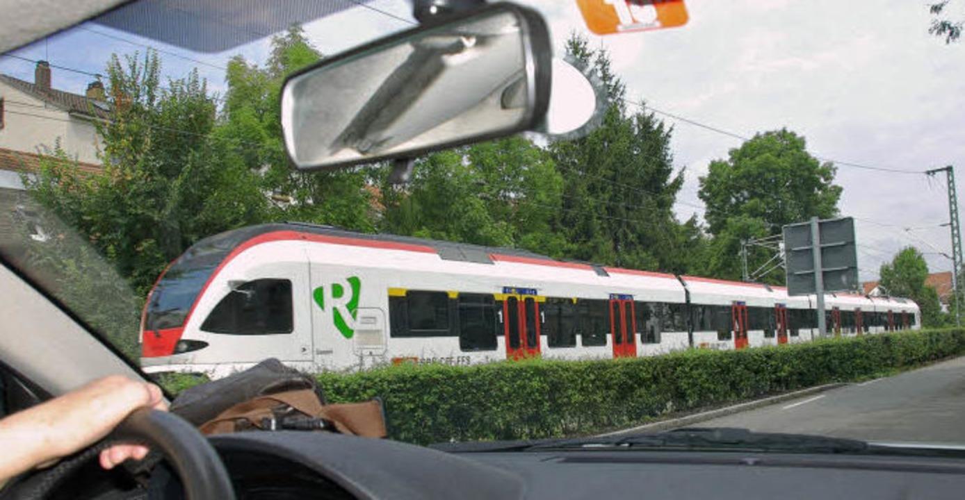 S-Bahn versus Auto: Dieses Verhältnis ...tlicher in Richtung Bahn verschieben.   | Foto: Nikolaus Trenz