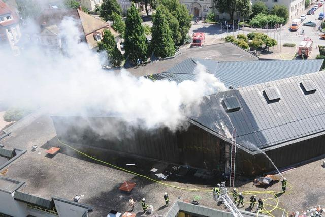 Schwelbrand in Schopfheimer Stadthalle richtet enormen Schaden an
