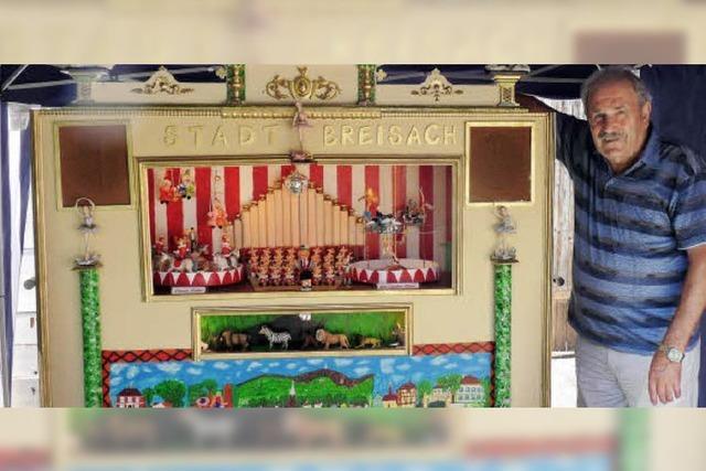 Eine Orgel mit 40 Figuren