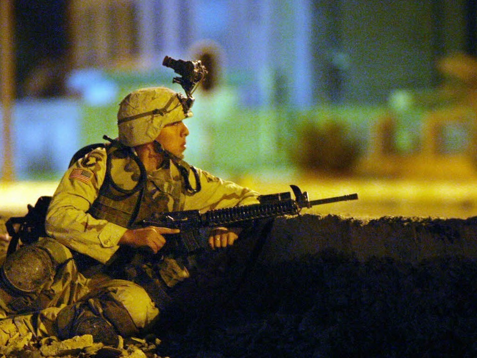 Ein Soldat der US Army im Irak. Dort a...a Bewachungs-  und Sicherungsaufgaben.  | Foto: Jamal A. Wilson