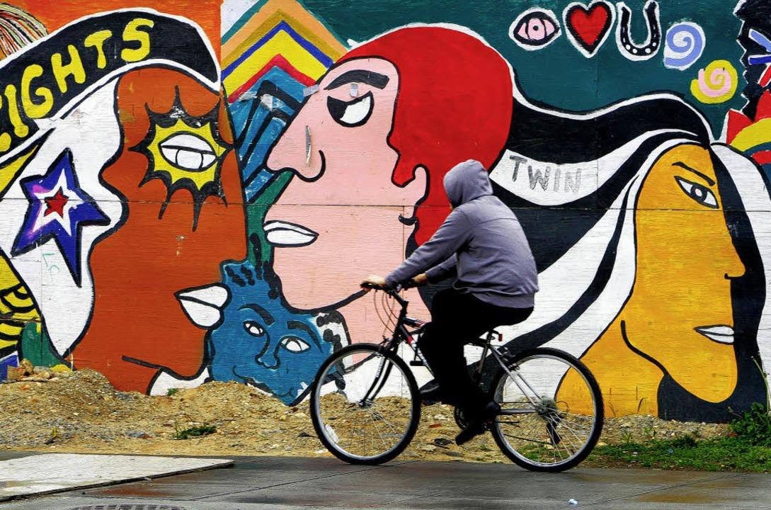 Die einstige No-Go-Area hat ihre Farbl...verloren: der Bezirk Columbia Heights   | Foto: AFP/dpa(3)/Rolf Schulten