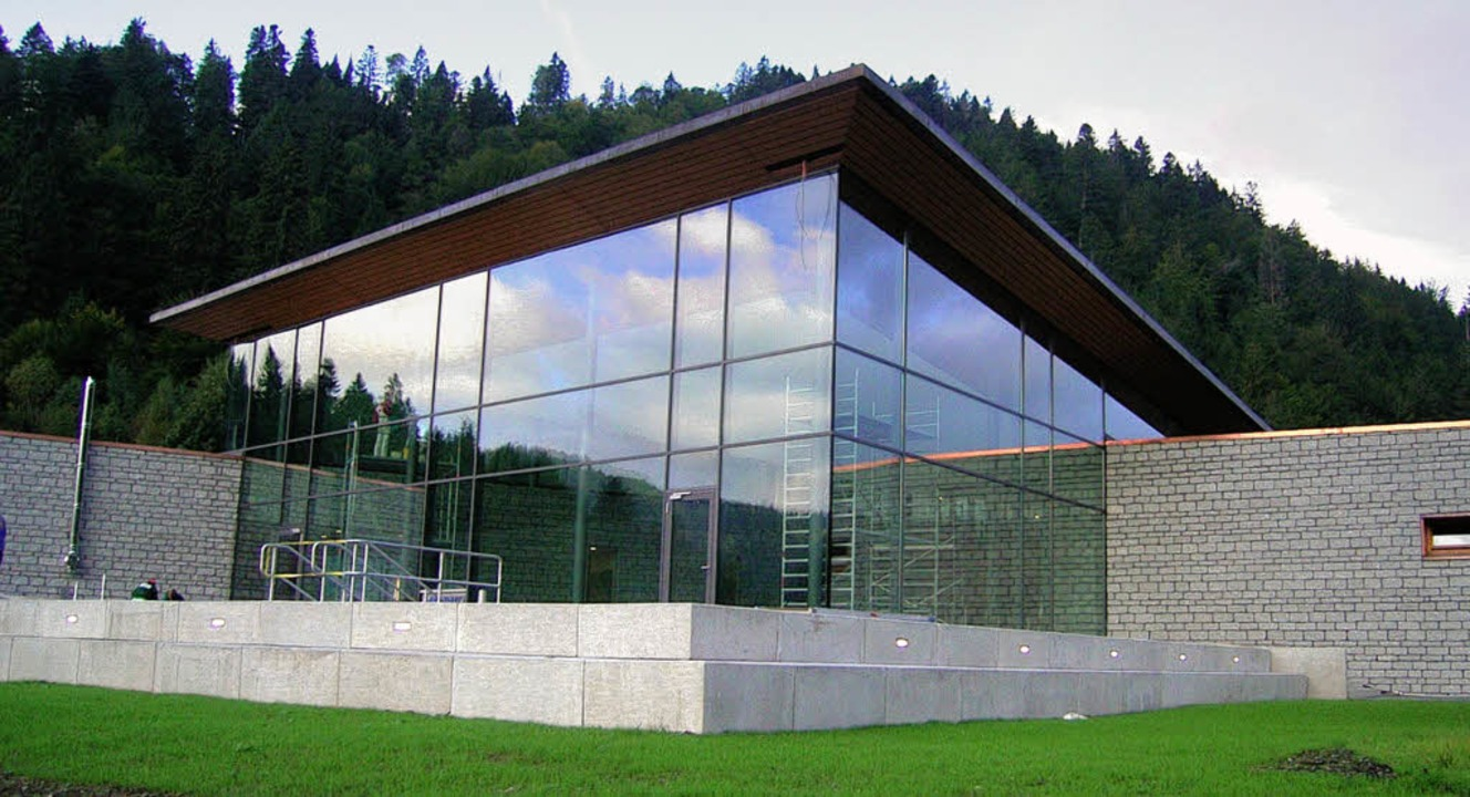 Mehrfach ausgezeichnet: Das Radonn- Revitalbad in Menzenschwand.   | Foto: Archivfoto: hab