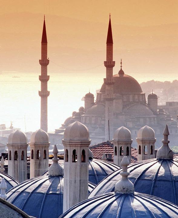 Traumziel Istanbul mit Hagia-Sophia-Moschee   | Foto: Transocean Tours /dpa