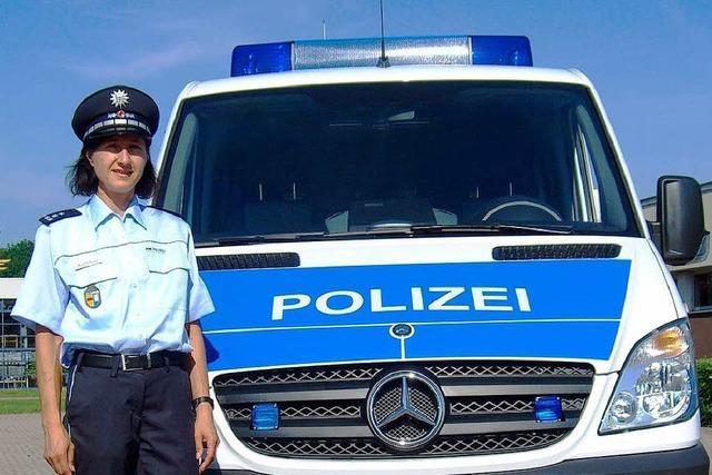 Stoffwechsel: Die Polizei tauscht Grün gegen Blau