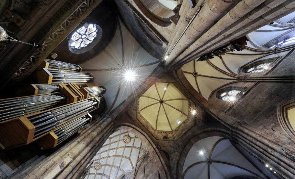 Alle vier Orgeln erklingen bei den wöchentlichen Konzerten im Münster.   | Foto: ingo schneider