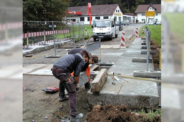 Regen bremst Bauarbeiten