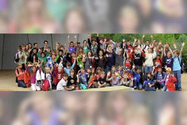 """Kinder aus fünf Gemeinden besuchten """"Le Vaisseau"""" in Straßburg"""