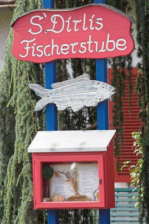 Rheinhausen: SDirlis Fischerstube - Gastronomie