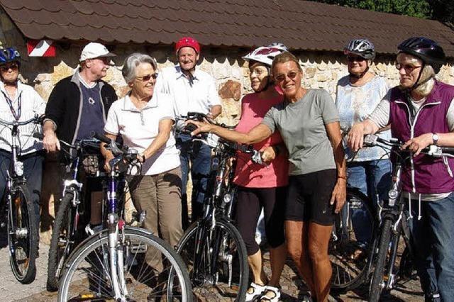 Umkircher Senioren im Radsattel auf Tour