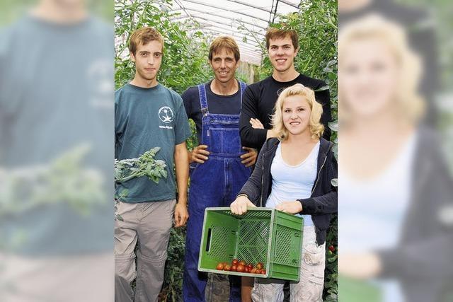 Junge Menschen zeigen ökologisches Engagement