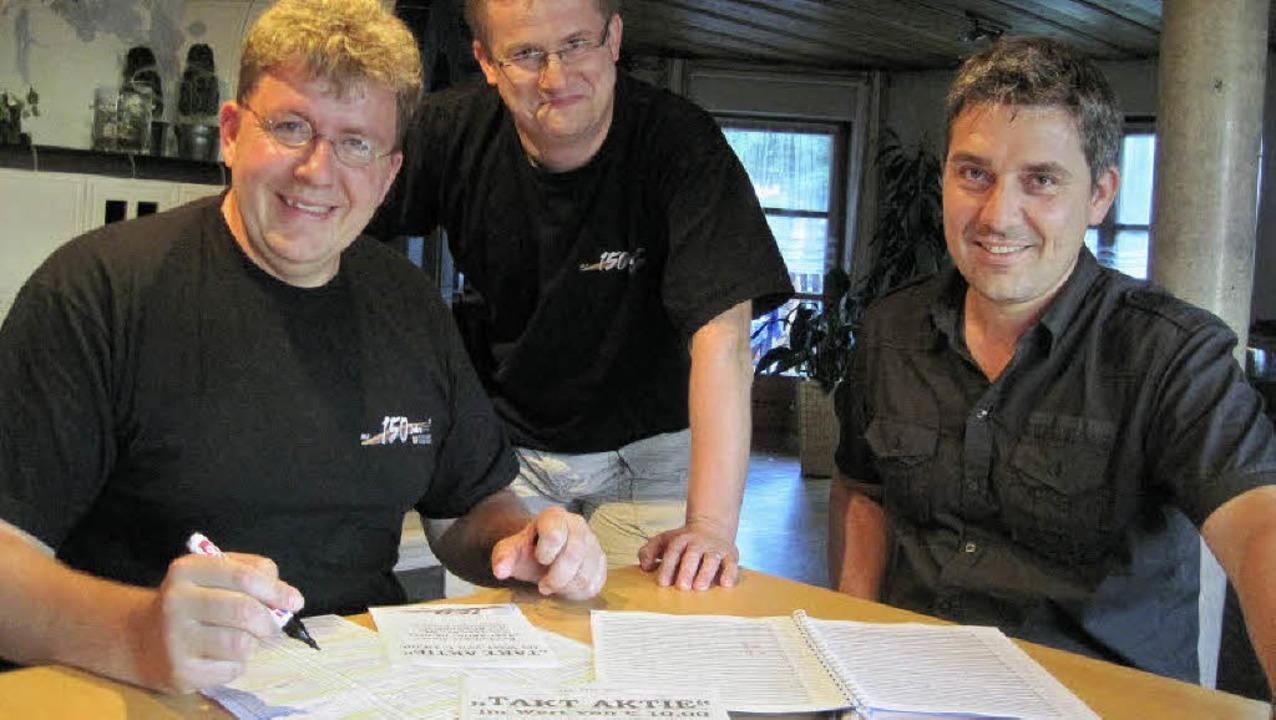 Christian Kaeser, Joachim Pfläging und...und fiebern der Uraufführung entgegen.  | Foto: katja Mielcarek