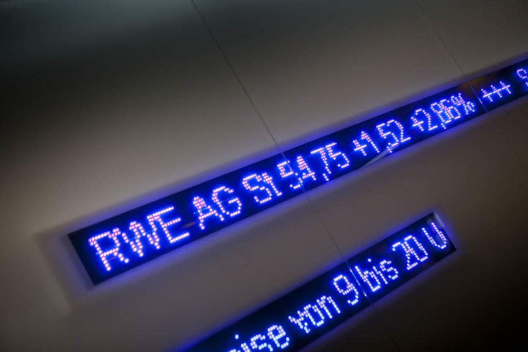 Energieversorger wie RWE zählten am Ta...zu den größten Gewinnern an der Börse.  | Foto: dpa