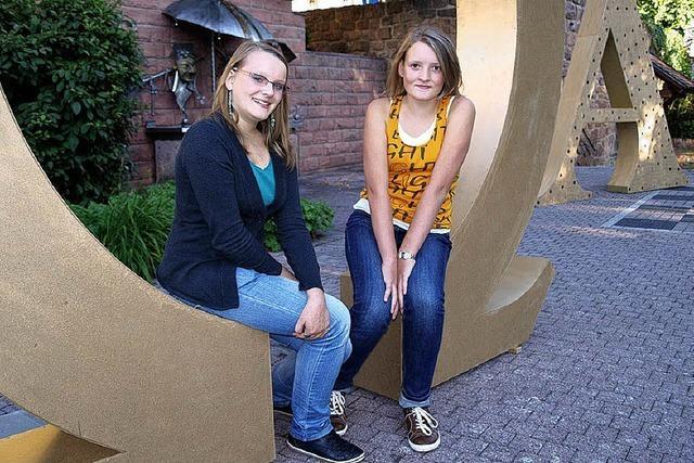 Zwei Teenager steigen in die Regie ein