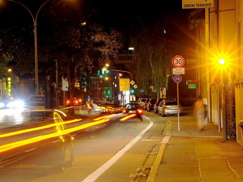 Blitzlichtgewitter am Abend: 17,1 Proz...e fahren zu schnell in Richtung Stadt.  | Foto: Thomas Kunz