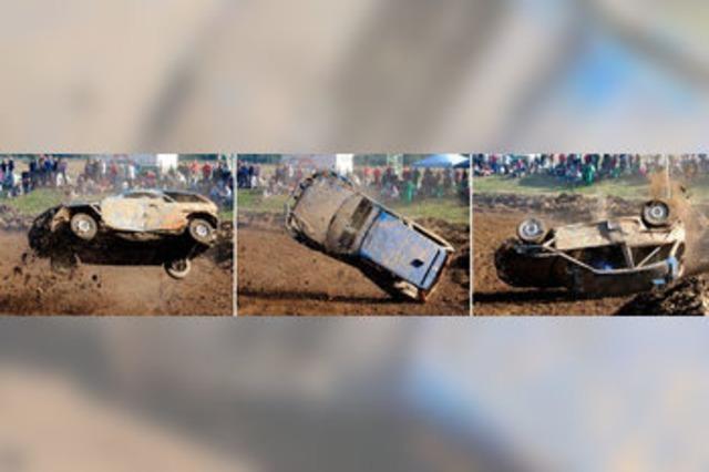 Spektakuläre Überschläge: Erstmals wieder Stockcar-Rennen in Neuenburg